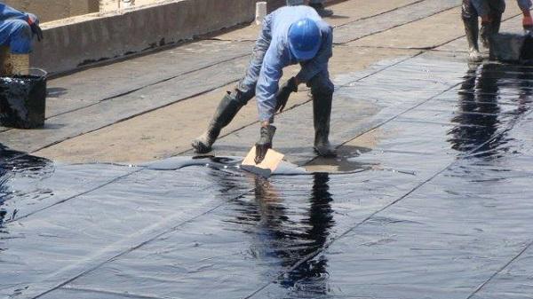 Chống thấm sàn bê tông bằng nhựa đường