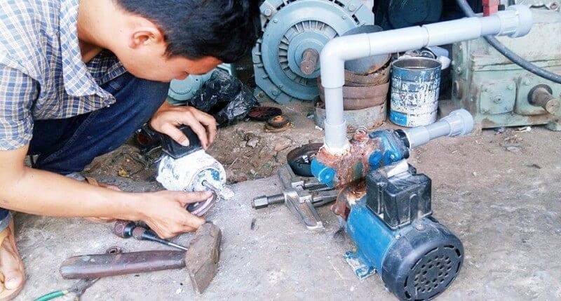 Sửa máy bơm nước tại Cầu Giấy